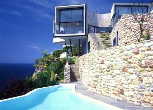 Lovely bazen asimetrično zaobljena oblika