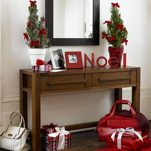 Božični velike črke v notranjosti