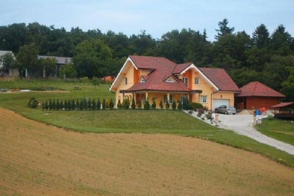 Počitniška hiša v Sloveniji