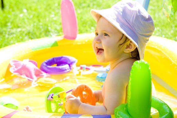 Gumenjak bazen će biti zadovoljan kao dijete, a roditelji