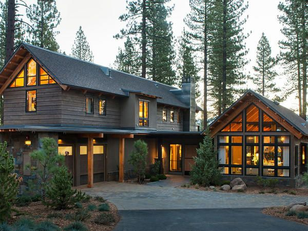 Vila de vis - casa superba din lemn în pădure din California