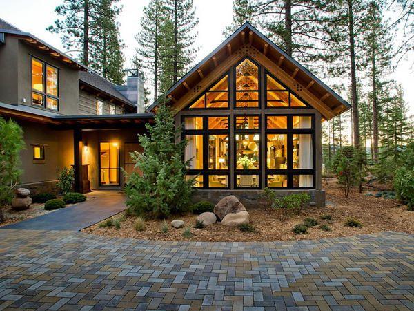 vis Cottage