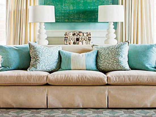 Kombinacija dekorativne blazine in tekstila