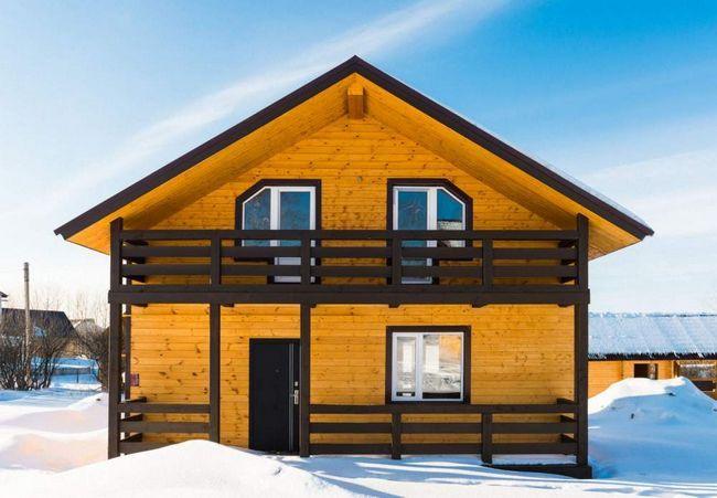 lesena hiša