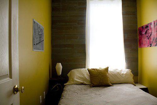 Notranjost dolgo ozko spalnico