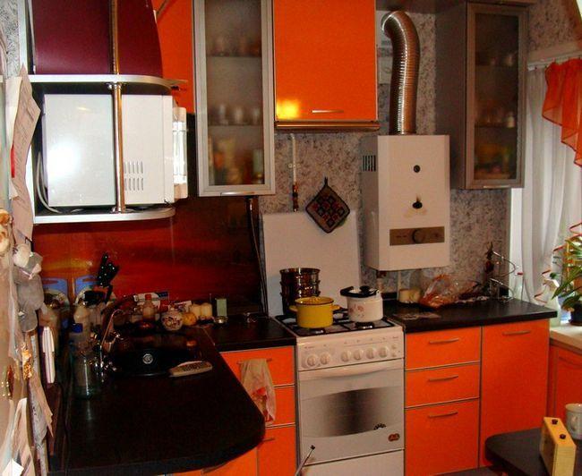 Kuhinjski plin stolpec z Khrushev