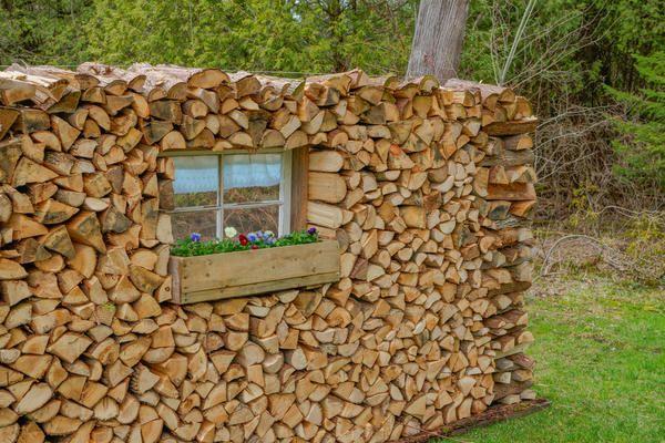 Stack lesa kot umetniški objekt