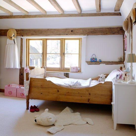 Leseno pohištvo v notranjosti države