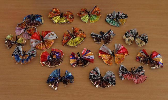 Простые бабочки из фантиков