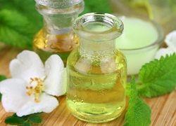 Эфирные масла от «гусиных лапок» и мимических морщин