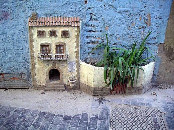 Кошкин дом в стене, фото с сайта http://ozzicat.com.au