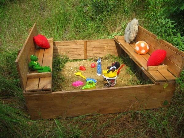 Sandbox sa klupe