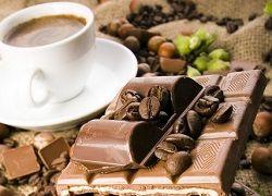 Какао-бобы – основа горького шоколада: в чем польза?