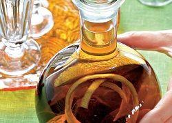 Какие недуги лечит настойка на грецких перегородках: рецепты приготовления