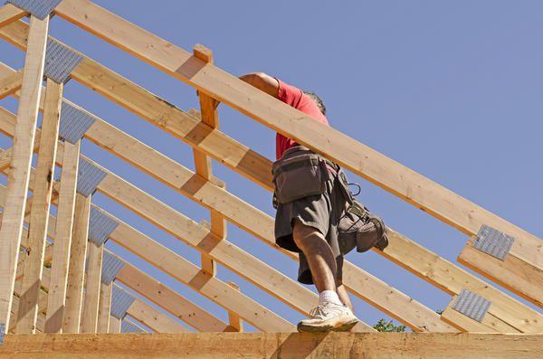 Cadru din lemn este format din bare, care este de dorit de a conduce în continuare peretele principal în casă de țară.