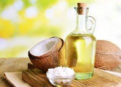 Кокосовое масло в домашнем арсенале: применение и рецепты масок для лица