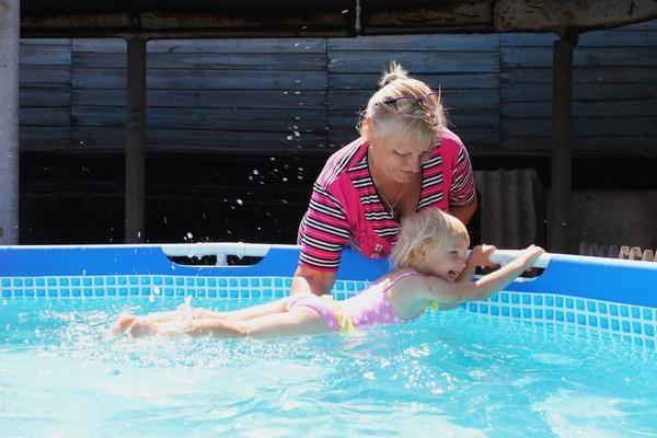 kupanje u bazenu
