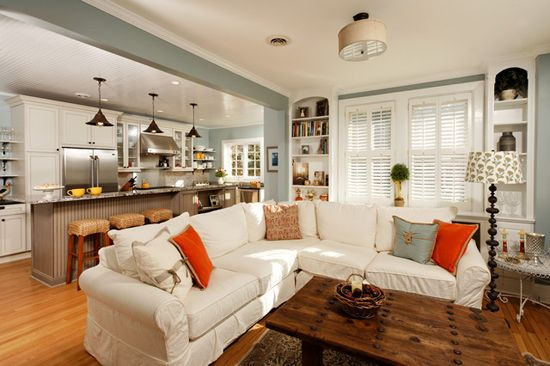 Kombinirani kuhinja-dnevna soba