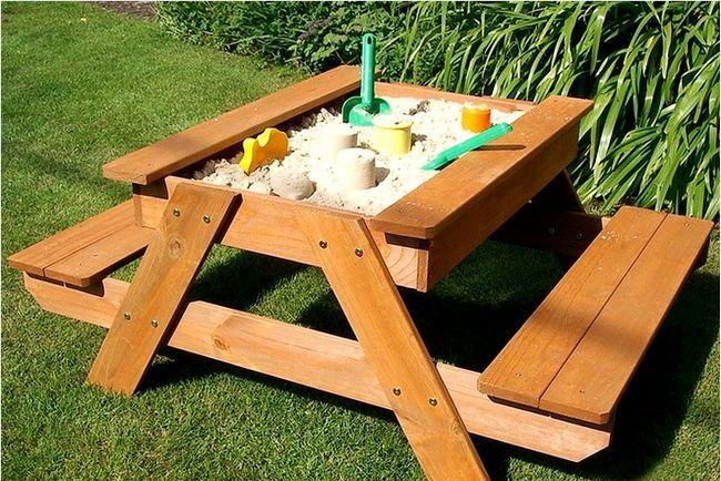 pesochnica-stol