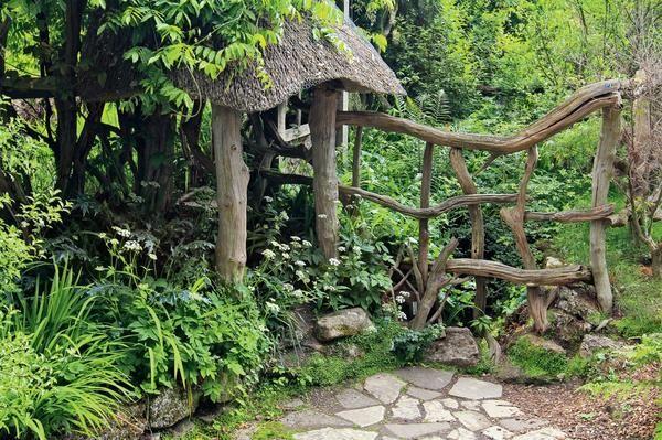 Povabite svoje goste v gozdu ali na vrtu za lene ljudi