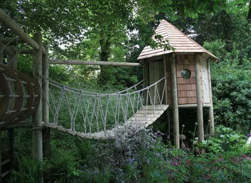 Otroška Hiša z viseči most