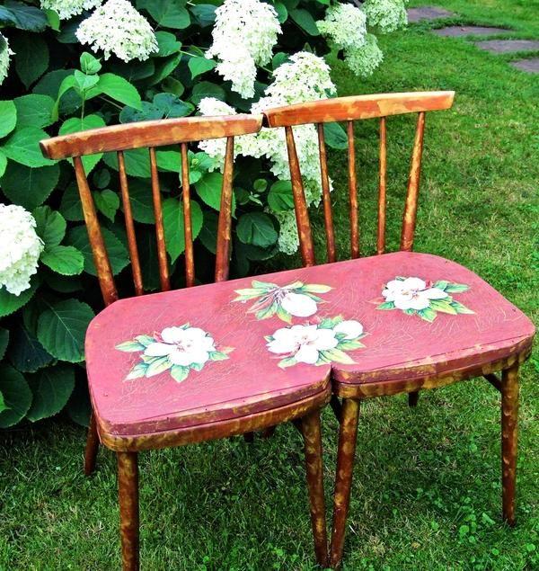 Садовая скамья из стульев: мастер-класс
