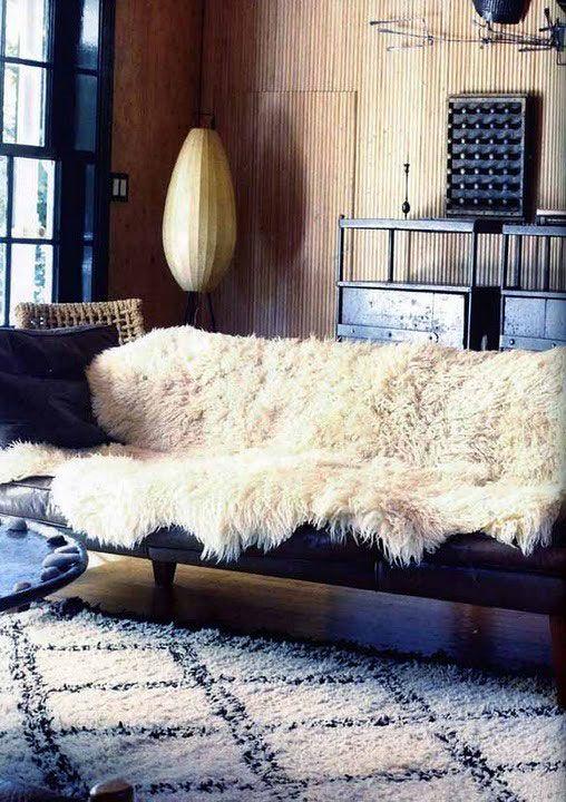 Sheepskins v dnevni sobi