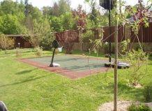 Спортивные площадки в саду
