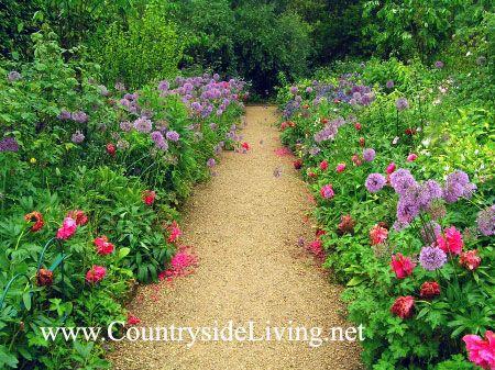 Vrt na Hidcote dvorcu (g Gloucestershire, Anglija) v stilu gibanja umetnost in obrt. Hidcote Manor umetnost & amp; obrti vrt