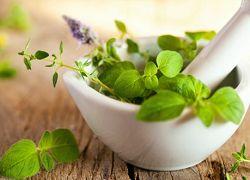 Травы и эфирные масла от перхоти