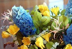 Več o tem, kako ustvariti cvetlični obrti narejeni iz hladnega porcelana