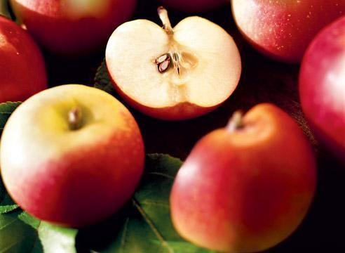 Яблоня, плоды