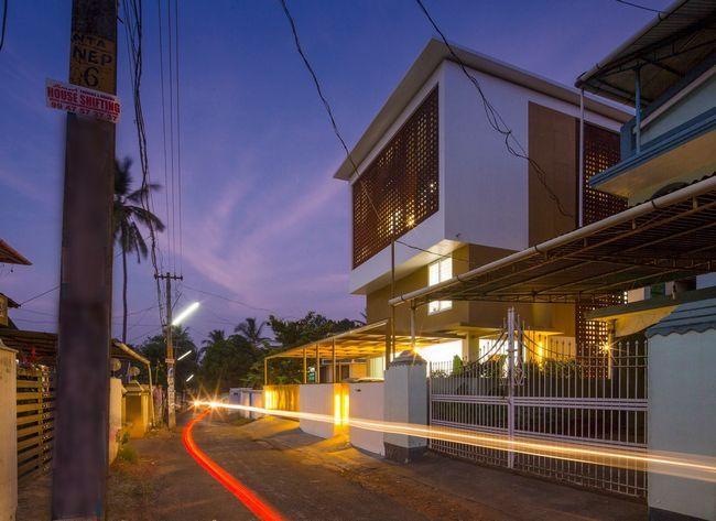čudovito hišo z notranjim atrijem