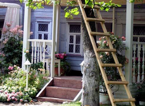 Starodachnom hiša v stilu, vhod območje