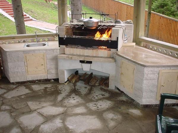Cuptor BBQ Piatra